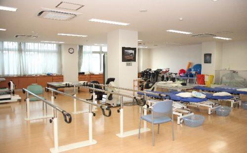 老人保健施設のリハビリ設備